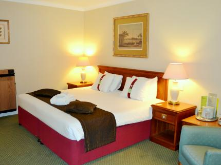 Holiday Inn READING - WEST - Laterooms