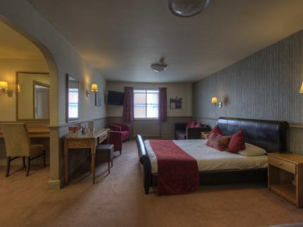 Pride of Lincoln by Good Night Inns - Laterooms