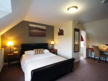 Ravensworth Arms Hotel by Good Night Inns - Laterooms